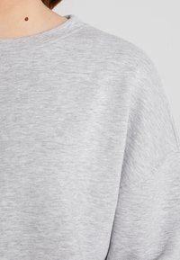 Pieces - PCEMILA  - Sweatshirt - light grey melange - 4