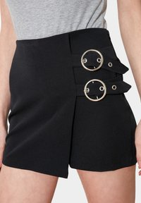 Trendyol - Shorts - black - 4
