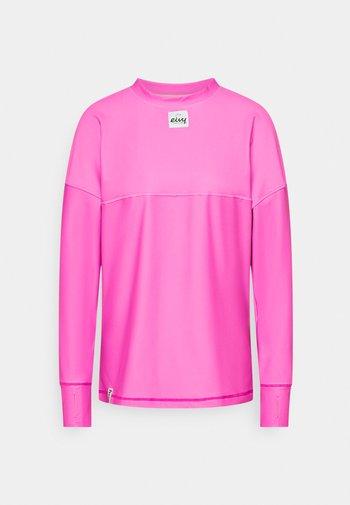 VENTURE  - Long sleeved top - super pink