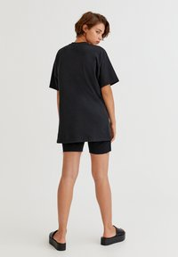 PULL&BEAR - THE NOTORIOUS BIG  - T-shirt con stampa - black - 2