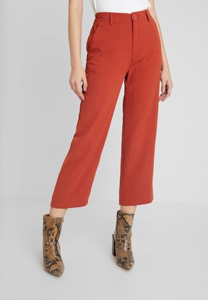 Trousers - rusty red