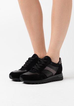 TABELYA - Zapatillas - black