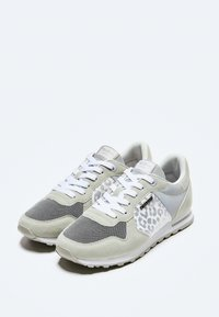 Pepe Jeans - VERONA W STAIN - Trainers - plata - 2