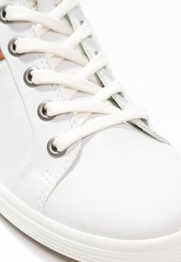 ECCO - SOFT VII - Sneakers hoog - white - 5