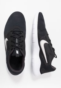 Nike Performance - FLEX EXPERIENCE RUN 9 - Laufschuh Wettkampf - black/white/dark smoke grey - 1