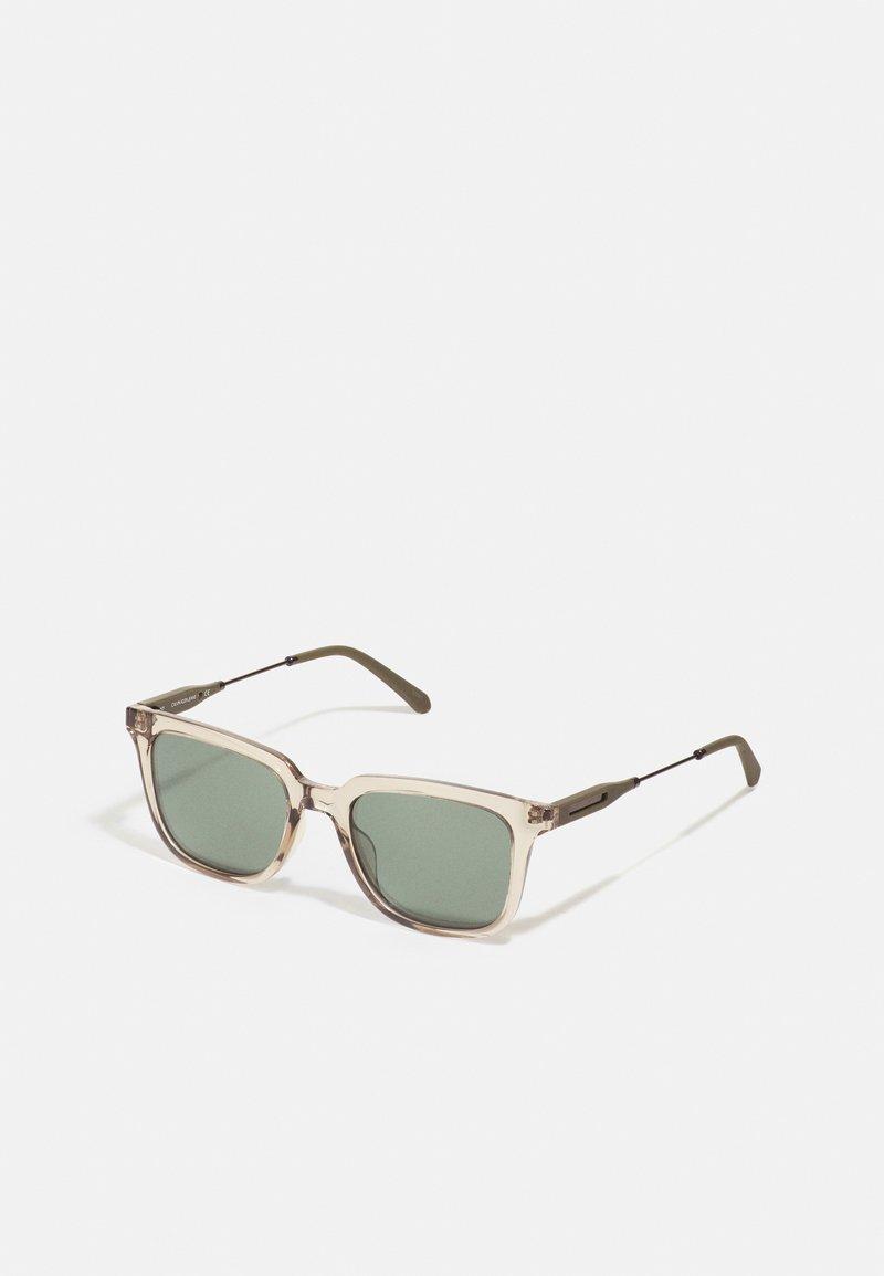 Calvin Klein Jeans - UNISEX - Sunglasses - crystal sand