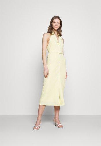 SASHAY DRESS - Abito a camicia - yellow