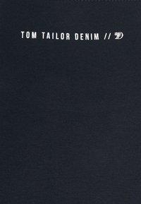 TOM TAILOR DENIM - WITH PRINT - T-shirt med print - sky captain blue - 6