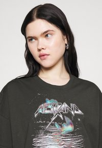 Abrand Jeans - A OVERSIZED VINTAGE TEE - T-shirts med print - black fade - 4