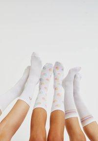 PULL&BEAR - 3 PACK  - Socks - white - 0