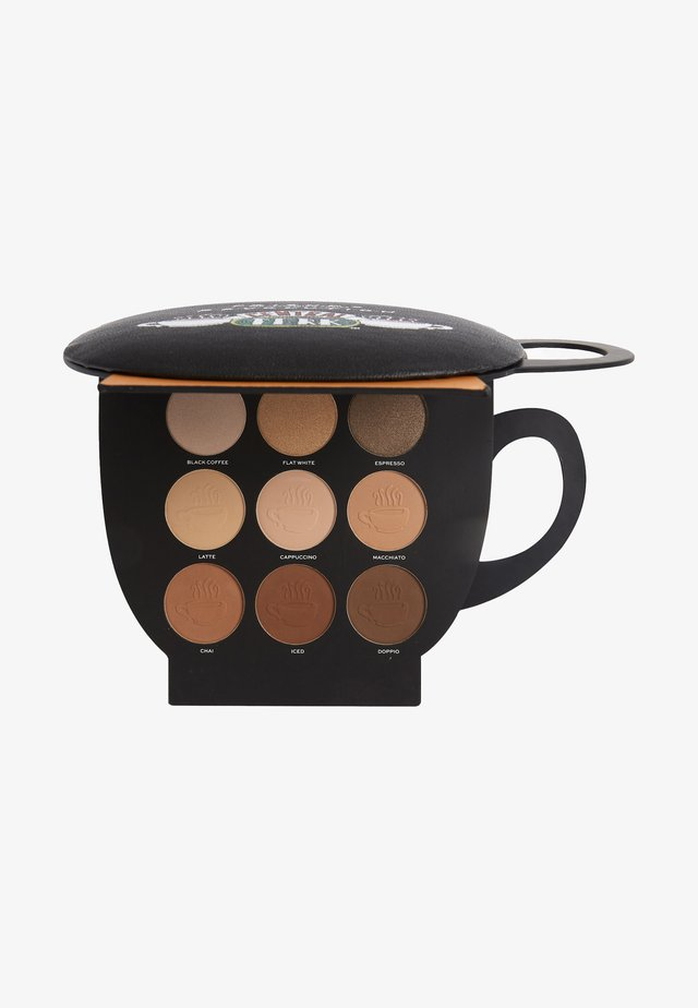 REVOLUTION X FRIENDS GRAB A CUP FACE PALETTE LIGHT TO MEDIUM - Makeuppalette - -