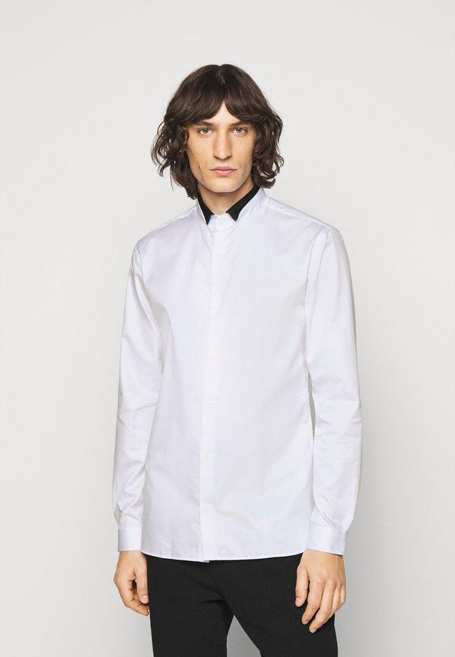 CHEMISE - Overhemd - white