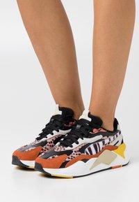 Puma - RS-X³ W.CATS - Sneakers laag - black/rust - 0