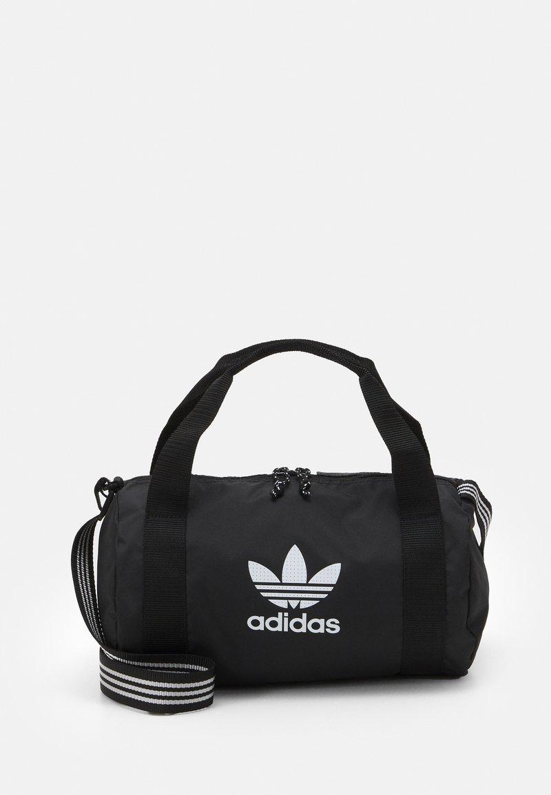 adidas Originals - SHOULDER UNISEX - Torba sportowa - black/white