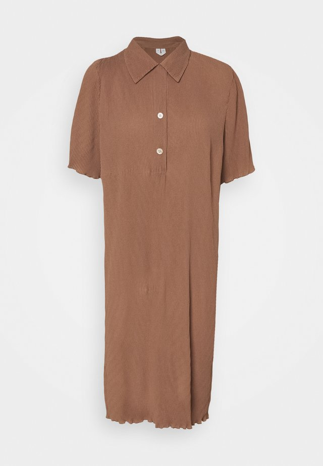 Shirt dress - brown