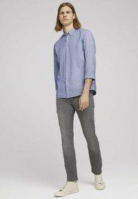 TOM TAILOR DENIM - Shirt - navy white small stripe - 1