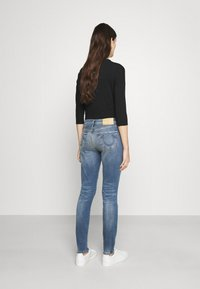 True Religion - HIGHRISE HALLE - Jeans Skinny Fit - denim blue - 2
