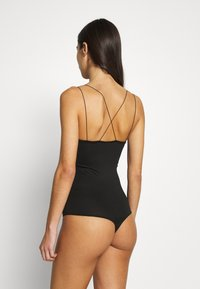 Pieces - PCNIP - Body - black - 2