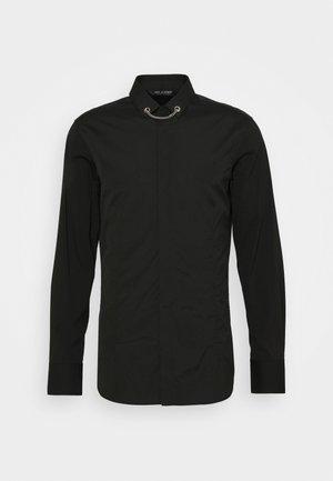 TUXEDO FLAT NECKLAC - Košile - black
