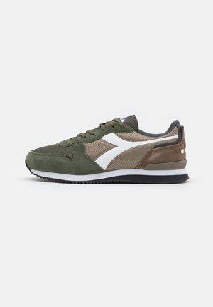 OLYMPIA UNISEX - Zapatillas - sandal green