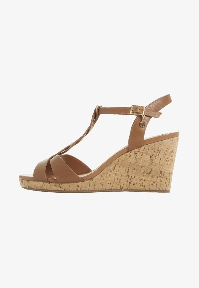 KOALA - Sandały na koturnie - tan