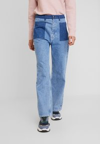JUST FEMALE - ANGELINA TROUSERS - Flared Jeans - blue denim - 0