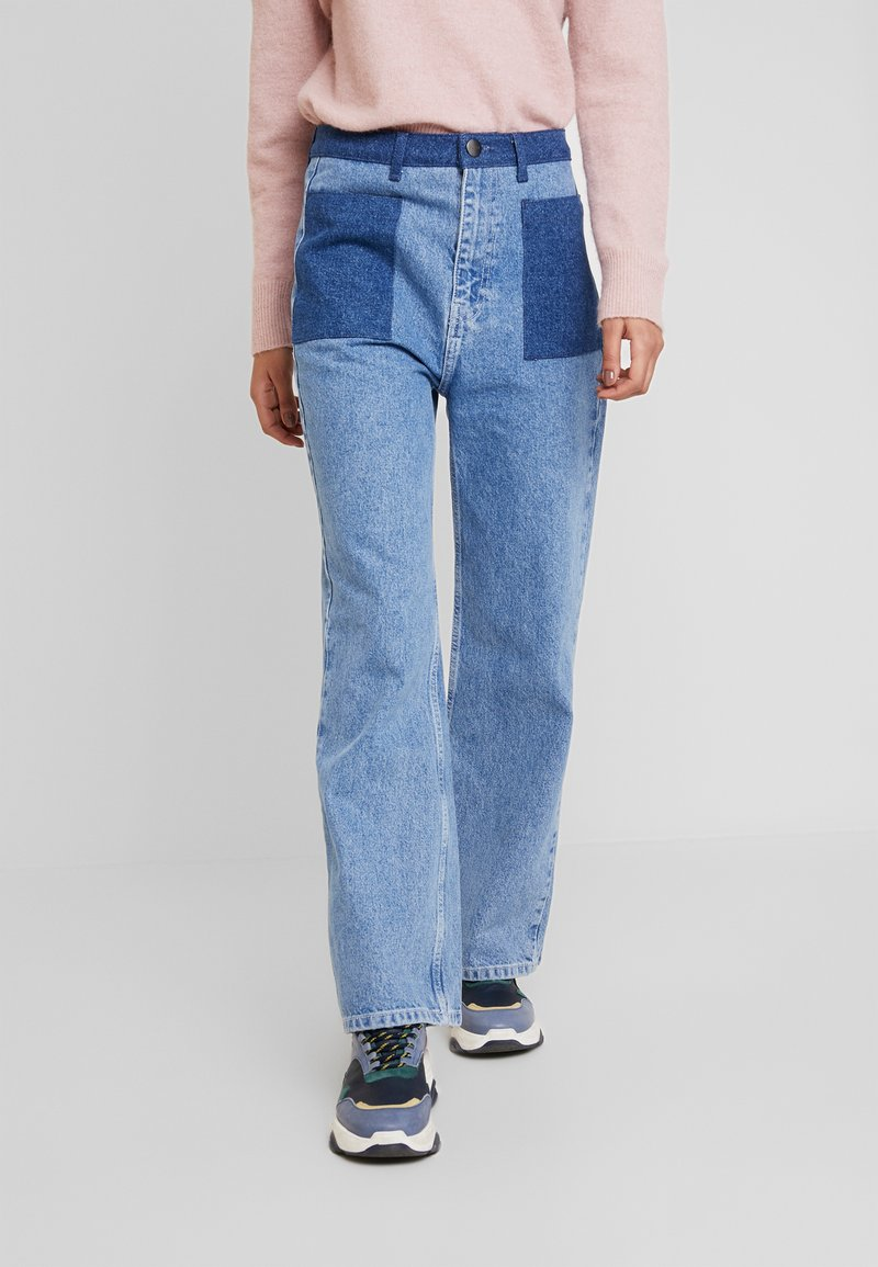 JUST FEMALE - ANGELINA TROUSERS - Flared Jeans - blue denim