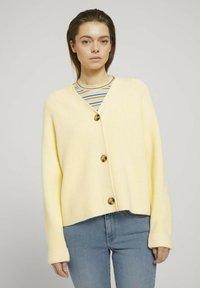 TOM TAILOR DENIM - Cardigan - soft yellow - 0
