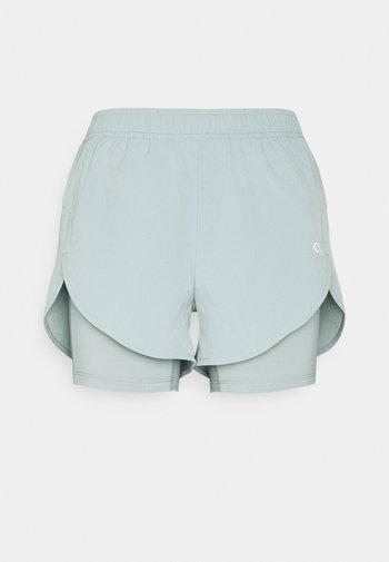 SHORTS - Sports shorts - green