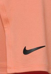 Nike Performance - PLUS - Gonna sportivo - crimson bliss/black - 2