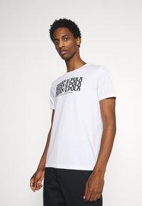 Marc O'Polo - SHORT SLEEVE PRINT - Print T-shirt - white - 0
