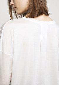 DRYKORN - VENJA - Long sleeved top - ecru - 5