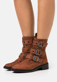 Even&Odd - Classic ankle boots - brown - 0