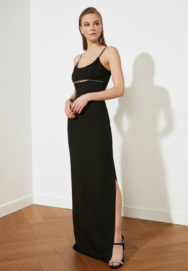 Trendyol - PARENT - Maxi dress - black