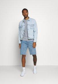 KnowledgeCotton Apparel - ALDER KNOWLEDE TEE - Basic T-shirt - mottled grey - 1