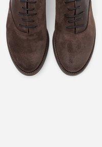 lilimill - QUEEN - Šněrovací boty - brown - 5