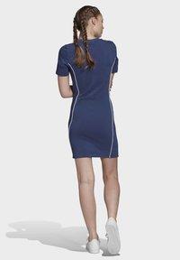 adidas Originals - TEE DRESS - Vestido de tubo - blue - 2