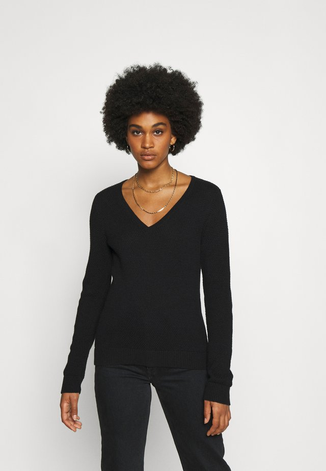 VICHASSA VNECK - Sweter - black