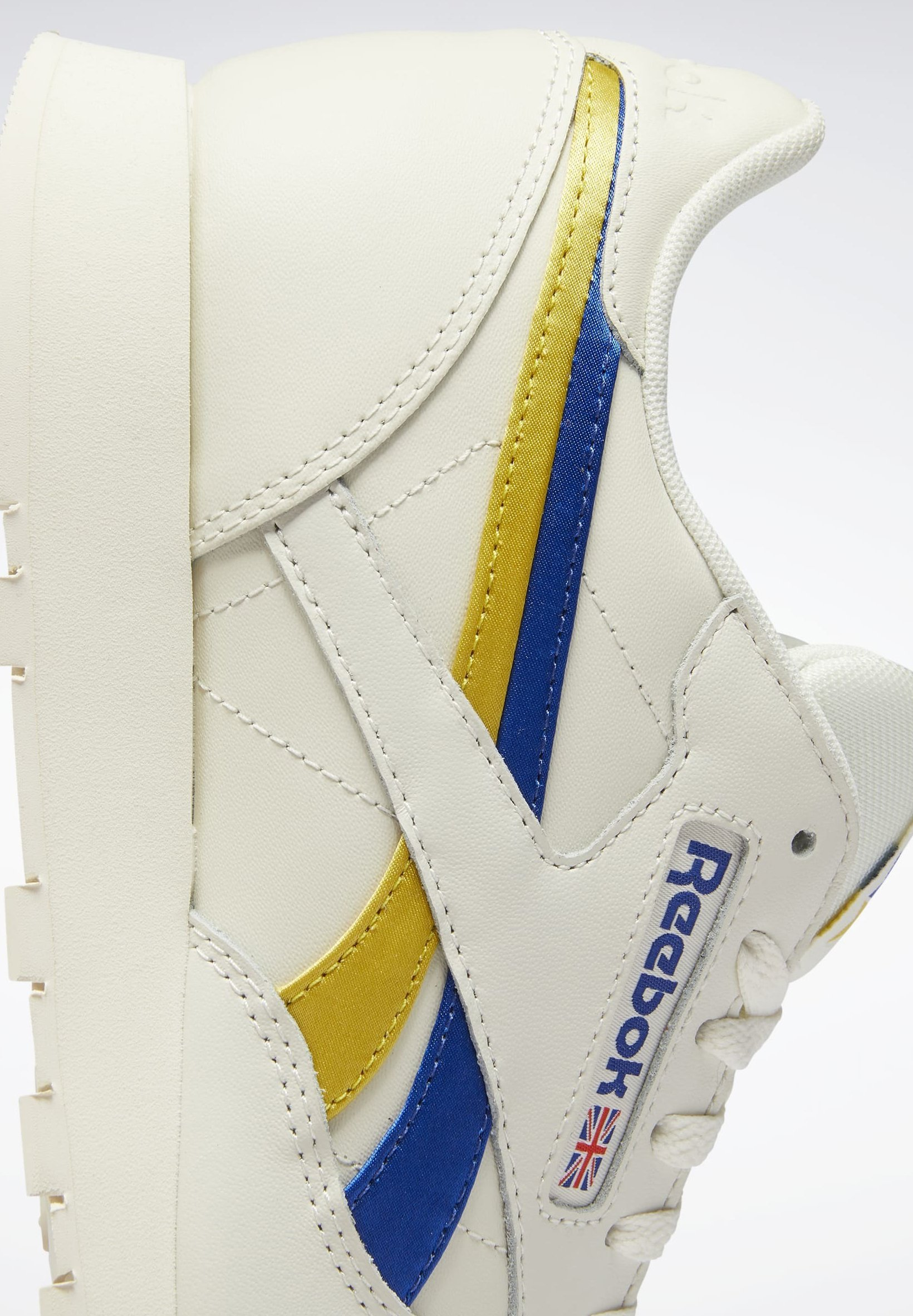 Reebok Classic CLASSIC LEATHER SHOES - Sneaker low - white/offwhite - Herrenschuhe DeSCW