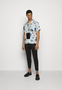 PS Paul Smith - MENS CASUAL FIT SHIRT - Skjorta - bright blue - 1