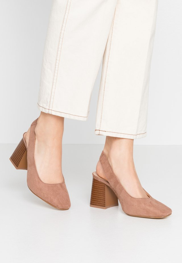 WIDE FIT LEXIS BLOCK HEEL SQUARE TOE SLINGBACK - Escarpins - taupe