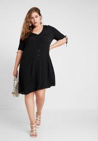 Glamorous Curve - WITH TIES V NECK MINI DRESS - Shirt dress - black - 2