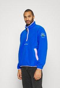 adidas Originals - Fleece jumper - glory blue - 0