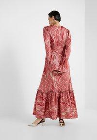 Three Floor - FANTASIST DRESS - Ballkleid - faded rose /tomato red - 2