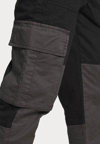 Topman - BELTED CARGO - Cargo trousers - black - 3