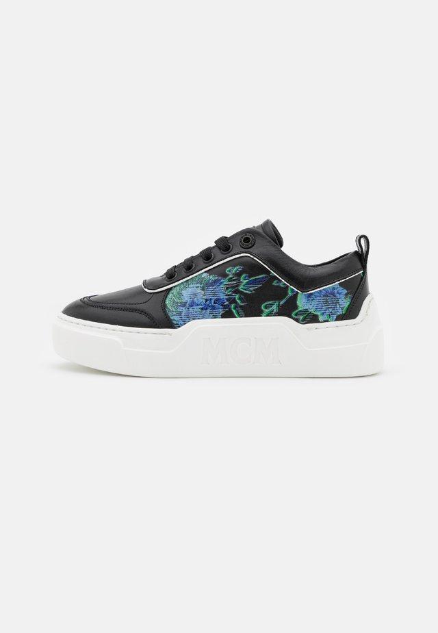 SKYWARD  - Sneakers laag - black
