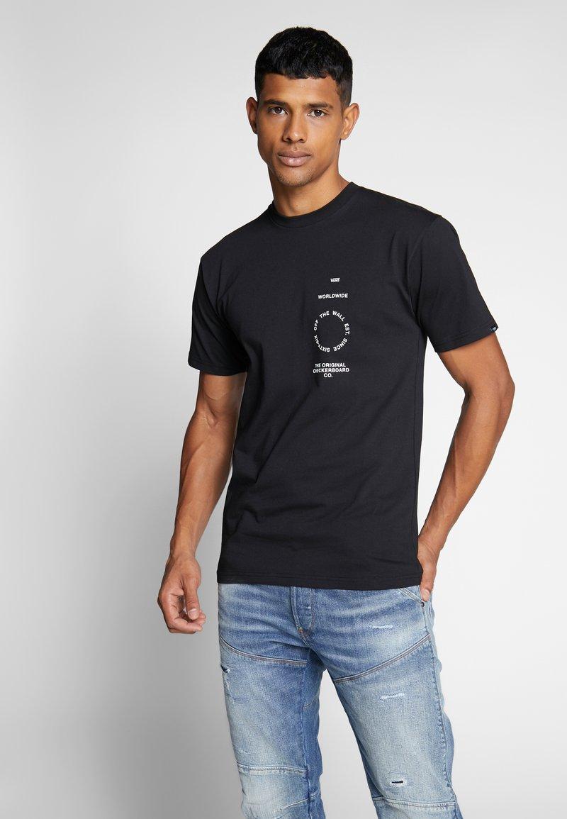 Vans - DISTORTION TYPE - T-shirt con stampa - black