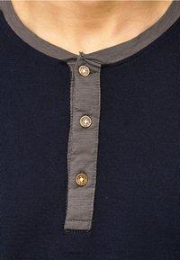 INDICODE JEANS - LONGSLEEVE WILLBUR - Long sleeved top - dark blue - 4