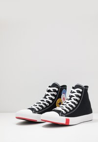 Converse - CHUCK TAYLOR ALL STAR - Høye joggesko - black/university red/amarillo - 2