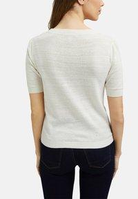 Esprit - Basic T-shirt - off white - 4